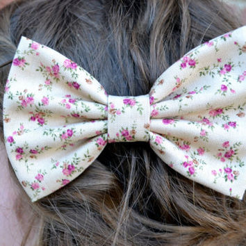 VintageLook Floral Hair Bows by DreamingOfBows on Etsy