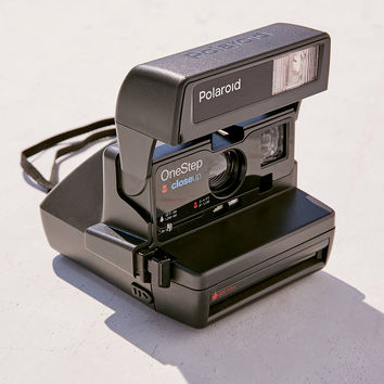Impossible Polaroid 600 Close-Up Instant Camera | Urban Outfitters