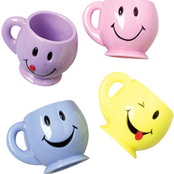 mini smiley face mugs Case of 132