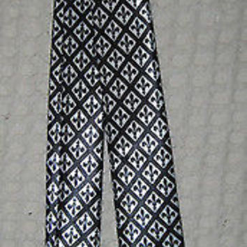 Unisex Black White FLEUR DE LIS NEW ORLEANS SAINTS LOGO Neck tie-New!!!