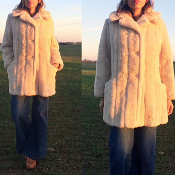 Vintage 1960's 1970's Faux Cream Tan FOX Fur Double Breasted Coat || Vegan Animal Friendly Fur || Size Medium to Large