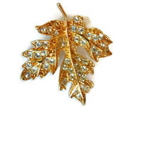Vintage Pin Maple Leaf Brooch Pin Gold Tone Maple Leaf Pin Rhinestone Clear Stone Sparkly Pin Vintage Brooch