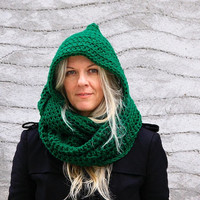 Women hooded circle cowl in emerald green hood infinity scarf, Calypso Hood