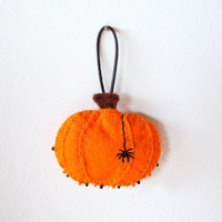Felt Halloween pumpkin ornament, wall decor orange pumpkin with beads