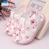 2018 LED light shoes 0-3 years old baby girls sandals beautiful flower glowing children shoes soft bottom newborn toddler shoes