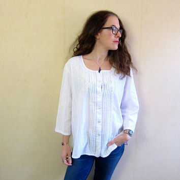90s White Blouse Oversized Button Up Shirt Embroidered Floral Blouse Slouchy Thin Cotton Shirt Boho India Shirt Minimal Womens XL