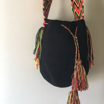 BLACK WAYUU BAG