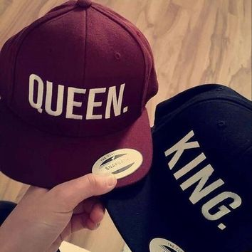 Trendy Winter Jacket KING QUEEN Snapback Embroidery Men Women Couple Baseball Cap Gifts Lovers Cap Hip Hop Sport Hats Super Fashion Hot Sale new 2016 AT_92_12