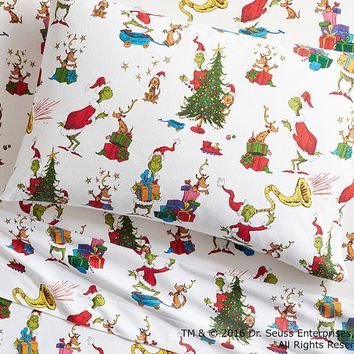 Dr. Seuss's The Grinch & Max™ Flannel Sheet Set