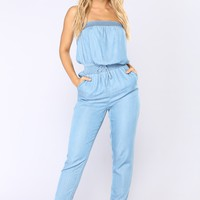 Steamy Chambray Jumpsuit - Light Wash