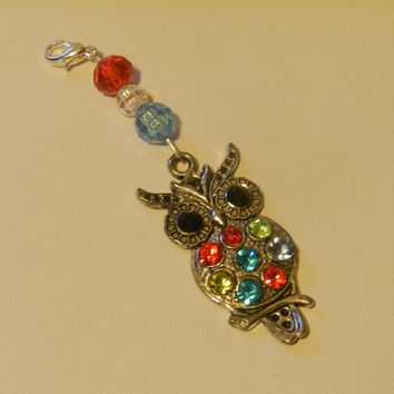large Silver Owl  Zipper pull Purse Pull    V4596