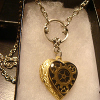 Neo Victorian Vintage Clockwork Steampunk Heart LOCKET Necklace - Great VALENTINES DAY Gift (1564)
