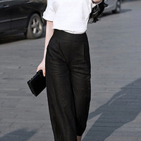 V-Neck Cut Out Linen T-Shirt with High-Waisted Pants