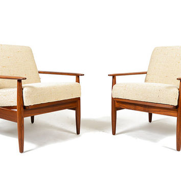 Pair of Danish Mid Century Modern Cigar Arm Lounge Chairs