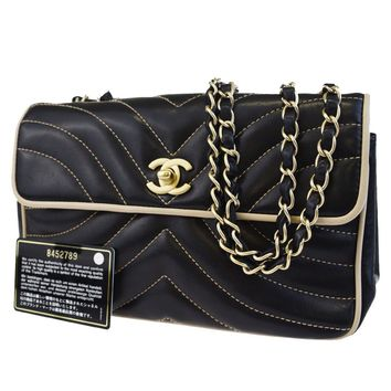 Authentic CHANEL CC Matelasse Quilted Chain Shoulder Bag Leather Black 40BC478