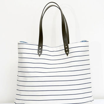 Striped tote bag, nautical bag, weekender bag, blue navy and white, casual style, spring summer tote, large bag