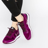 Nike TP Internationalist Burgundy Trainers