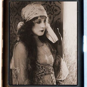 Gypsy Style Flapper Lillian Gish Lookalike by sweetheartsinner