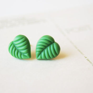 Boho Earrings // Hippie Boho Earrings // Stud Earrings // Leaf Earrings // Vintage Stud Earrings // Post Earrings // Post Earings // Eve