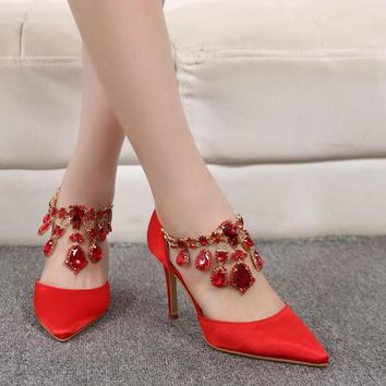 2017 Spring Hot Sexy Pointed Women Pumps Thin High Heels Shoes Red Black Silver High-heeled Women Wedding Shoes Plus Size43 XP15