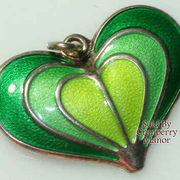 David Andersen Pendant Necklace, Norway Sterling Silver Green Guilloche Enamel Heart Valentine's Day Vintage Fashion Designer Signed Jewelry