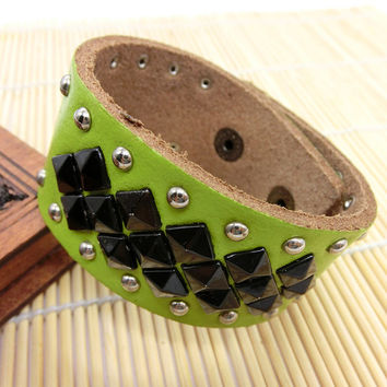 Fashion Punk  Adjustable Leather Wristband Cuff Bracelet - Great for Men, Women, Teens, Boys, Girls 2737s