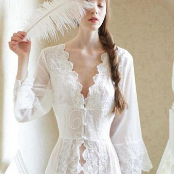 ESBONHS Sleepwear Sexy Long Nightwear White Lace Vintage Princess Dress Medieval Nightgown European-style Palace Robe Beautiful Vestidos