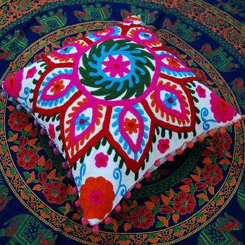 Handmade Embroidered Suzani Cushion Cover Uzbekistan Style Woolen Embroidery Christmas Gift Gift for Him or Her High Fashion Christmas Decor