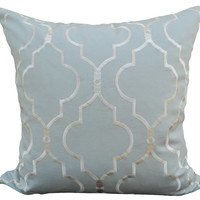 18''x18'' Oriental Horizon in Powder Blue Pillow Cover