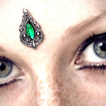 Emerald Bindi, tribal fusion, bellydance bindi, silver, green glass, forest fairy, wicca, pagan, third eye, magic, fantasy, elven, fae