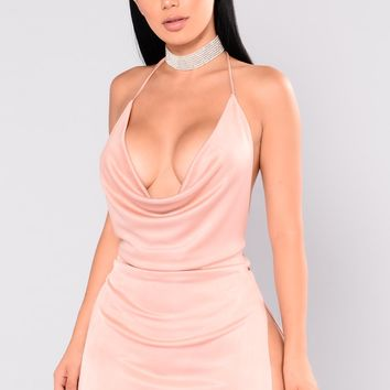 PeekaBoo Dress - Mauve
