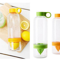 Citrus Water Infusing Bottle Zing Anything Orange Lemon Juicer Sports Cap with Bottle