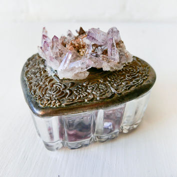 Vera Cruz Amethyst Crystal Cluster - Vintage Heart Jewelry Box