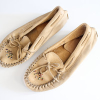 Size 7 Handmade Moccasins 90s Tan Khaki Beaded Moccasins Hippie Boho Leather Tie Flats Slip ons Loafers Vintage Bohemian  #S036A