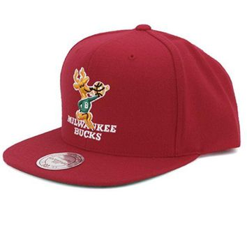 ONETOW Milwaukee Bucks Mitchell and Ness NBA Wool Solid Snapback Hat