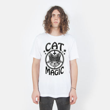 Cat Magic T-shirt UNISEX sizes S, M, L, XL, 2XL