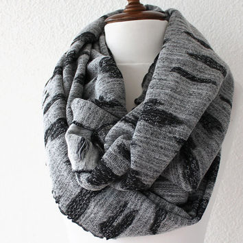 Gray Chunky Scarf, Infinity Scarf, Loop Scarf, Neckwarmer, Cowl Scarf