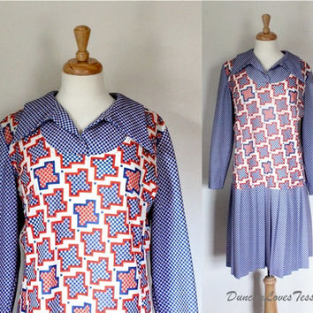 Vintage 70's Dress / Graphic Polyester Knit / START YOUR ENGINES / Drop Waist / School Girl Frock / Spring Fall / 70s Fashion