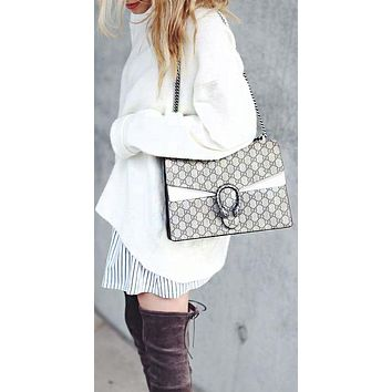 Gucci sells ladies'alcoholic one-shoulder shopping bags White