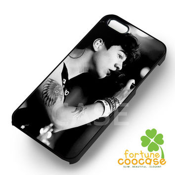Calum Hood 5SOS - 21z for  iPhone 6S case, iPhone 5s case, iPhone 6 case, iPhone 4S, Samsung S6 Edge