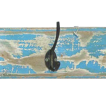 Metal Wall Hooks With Smooth Wooden Strip For Durability