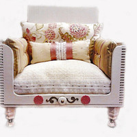 Luxury shabby chic Dog bed/ Cat bed / Pet bed / Doll Sofa decorative Bed ('the dusty rose')