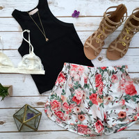 Trip Floral Shorts in Ivory
