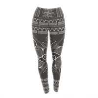 "Famenxt ""Paisley Into The Dreams Dark"" Gray Digital Yoga Leggings"