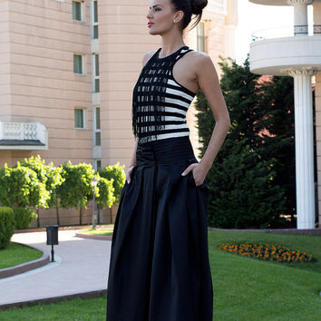Black maxi skirt / Long black skirt / Black cotton maxi skirt / elastic waist skirt / long cotton skirt