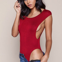 BURGUNDY SPORTY CUT OUT BODYSUIT