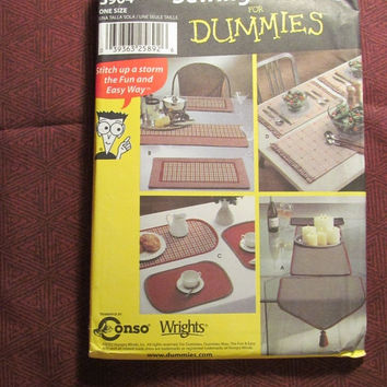 SALE Uncut Simplicity Sewing Pattern For Dummies, 5964! Home Decor/Kitchen Accessories/Placemats/Table Runners/Dining Room table Placement