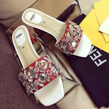 Fendi Ladies' new slippers, diamond, medium low heel square fashion sandals