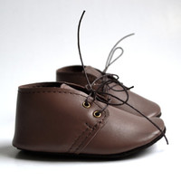 Brown leather baby shoes / Soft sole baby boy girl oxfords / Handmade unisex baby shoes / Brown baby moccs / Brown crib shoes / Baby gift