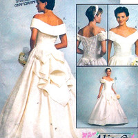 Brides Wedding dress Romantic gown sewing pattern McCalls 8052 Alicyn Sz 8 Small UNCUT